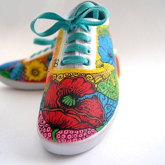 9fd7009cf0 Custom-made Shoes with Flowers. Handpainted Sneakers