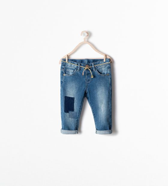 SLIM PATCHED JEANS