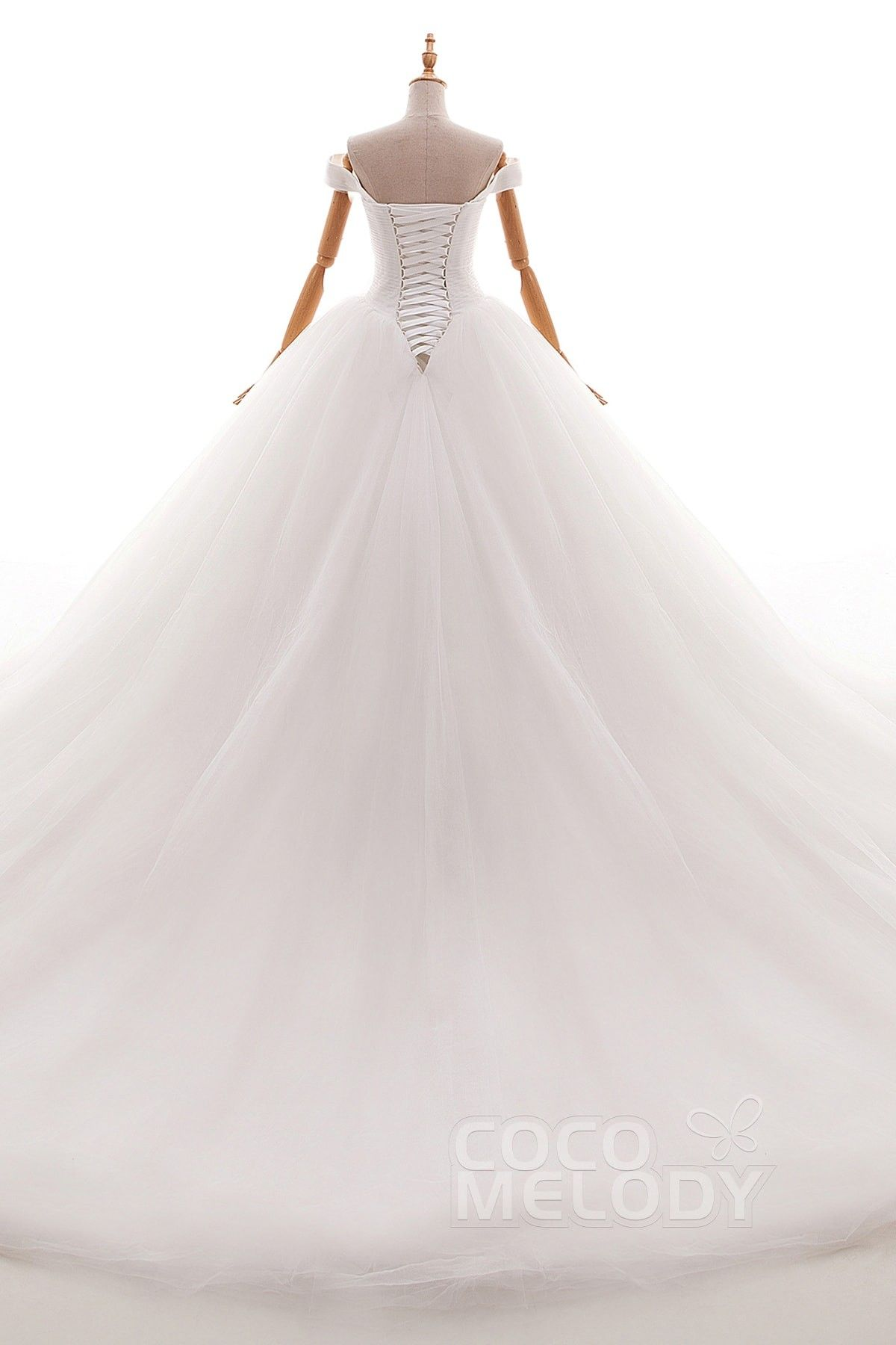 Usd 439 Ball Gown Chapel Train Tulle Wedding Dress Ld4561