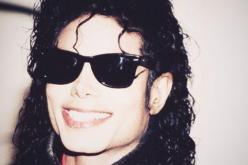 5cb1fe7ed6 Michael Jackson s Wayfarer Wayfarer 2140