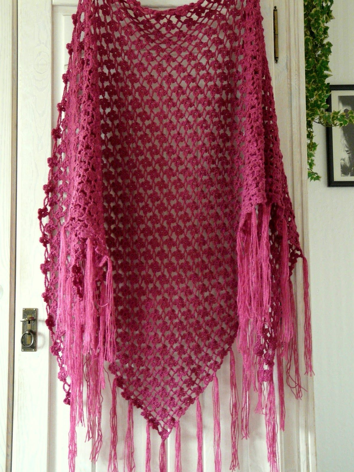 Flower-Lattice-Shawl, my work, pattern by Debi Dearest | Assesoires ...