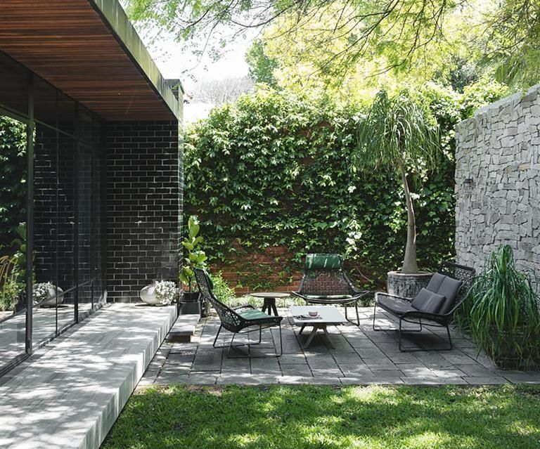 An author's renovated home in Perth | 1000 in 2020 ...