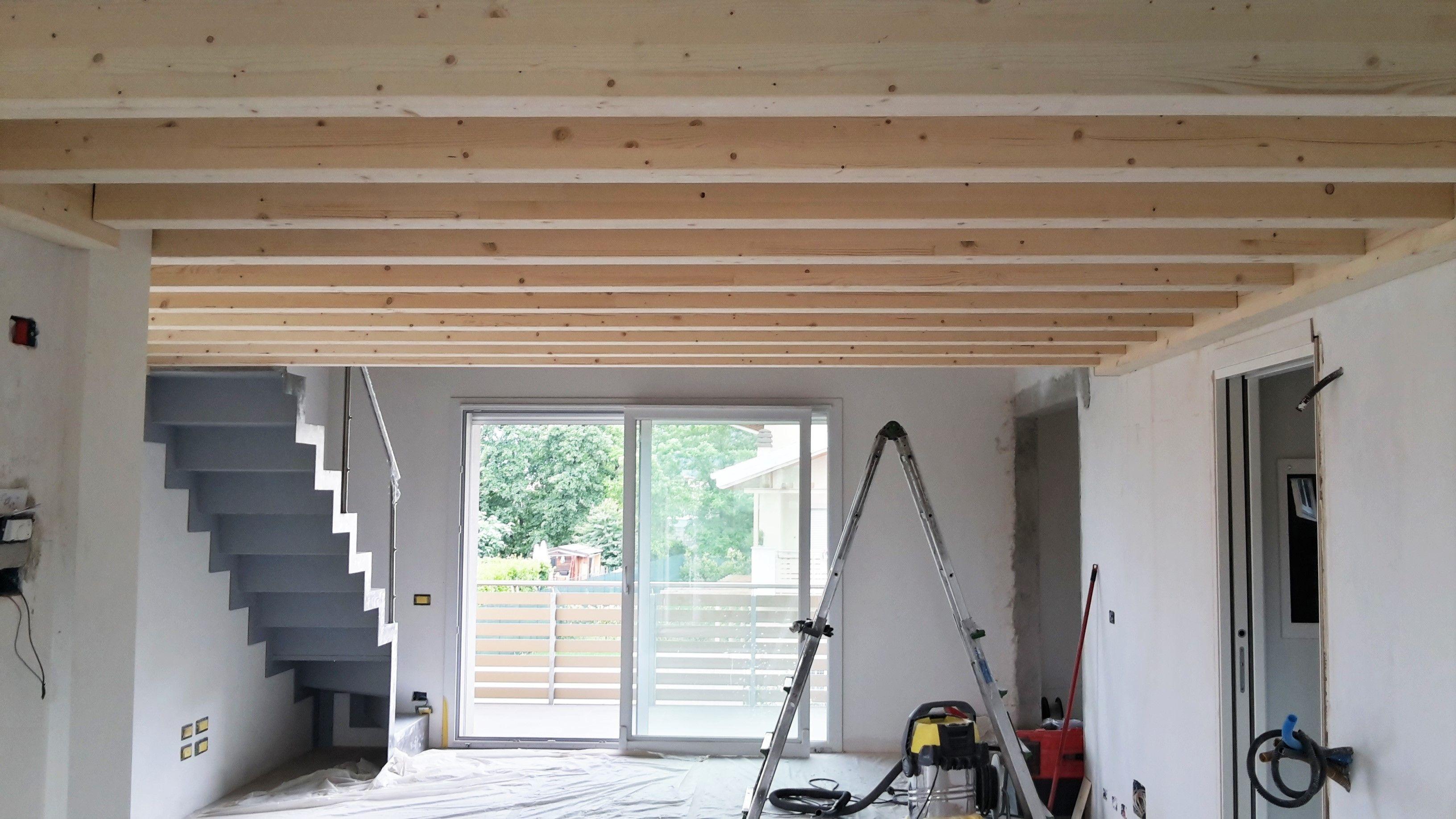 Soppalco con struttura in legno!! Soppalco, Lamiera, Scale