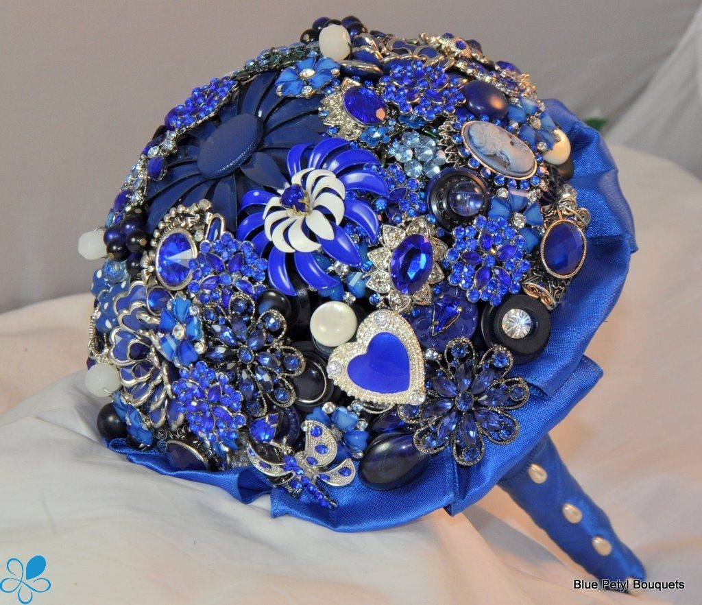 case credit photograph photography products bouquet debbie carlisle by brooch teardrop bouquets emma brights jewel