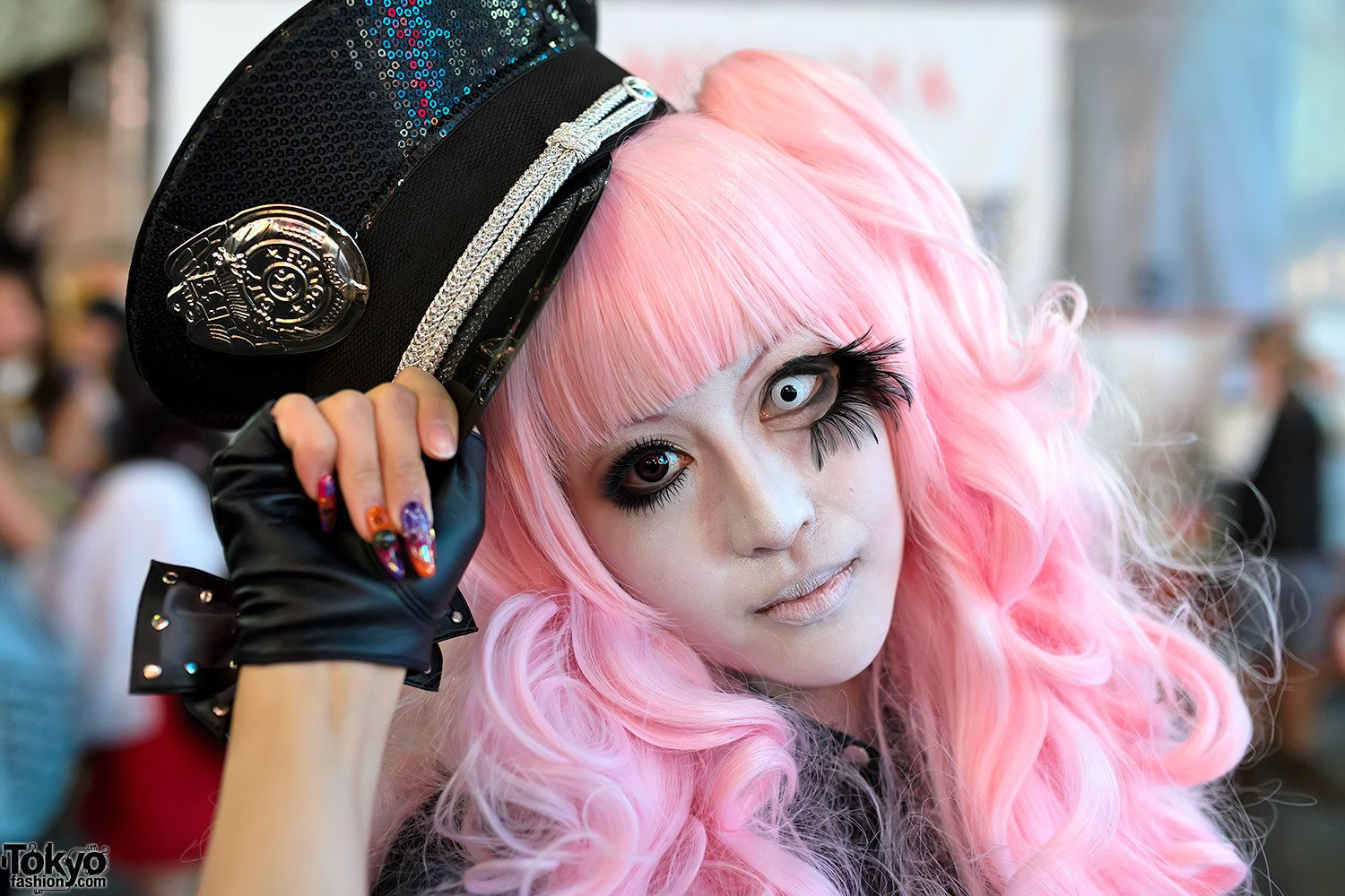 cute and creepy halloween costume from