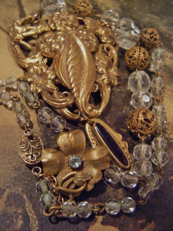 filigree rokoko necklace