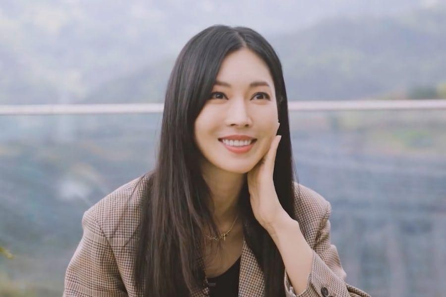"""Kim So Yeon Shares Her Predictions And Hopes For """"The Penthouse 3"""""""
