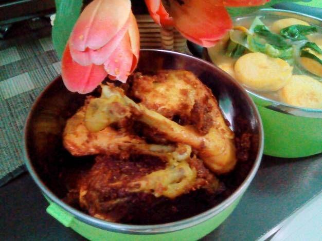 Resep Ayam Goreng Bumbu Ungkep Kuning Oleh D Sizta Resep Ayam Goreng Resep Makanan India Resep Ayam