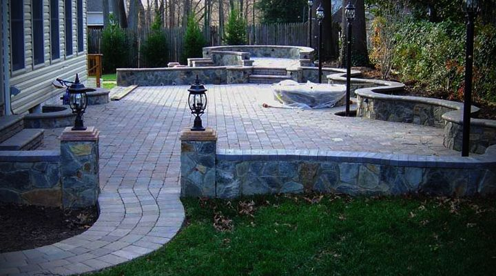 Patio Design With Pavers and Stone Wall Patio Style Idea Photo