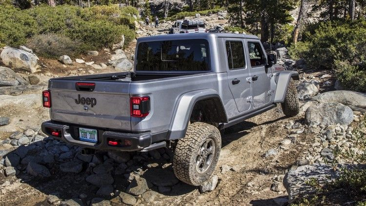 Allegedly Defective Jeep Ram Sway Bars Can Make Highway Driving