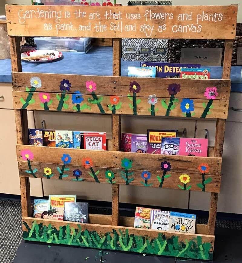 9 Creative Wood Pallet Bookshelf Plans On