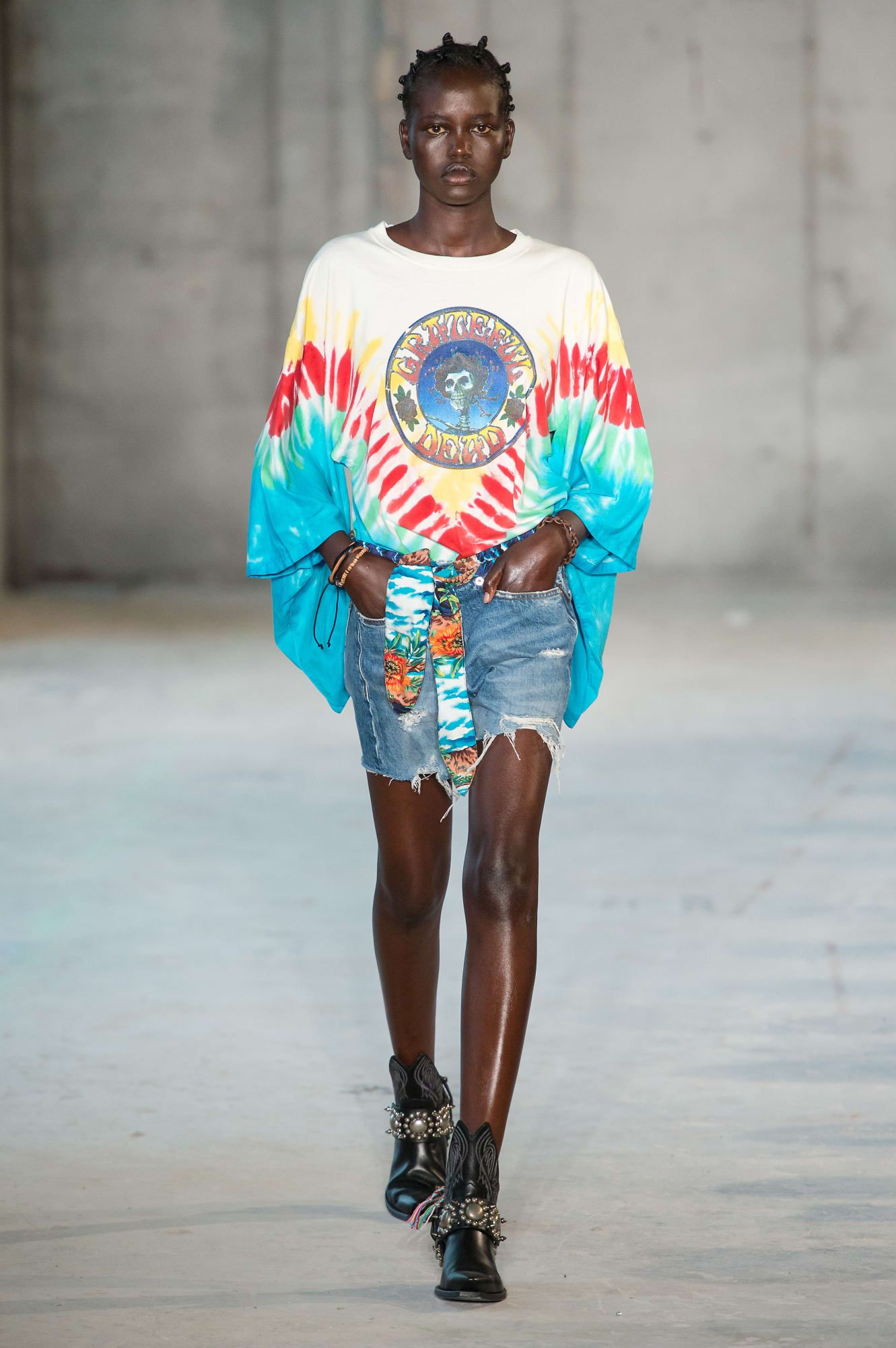 0f97ada61ba0 Tie-Dye Is Covering the Spring 2019 Runways | fashion goals of a ...