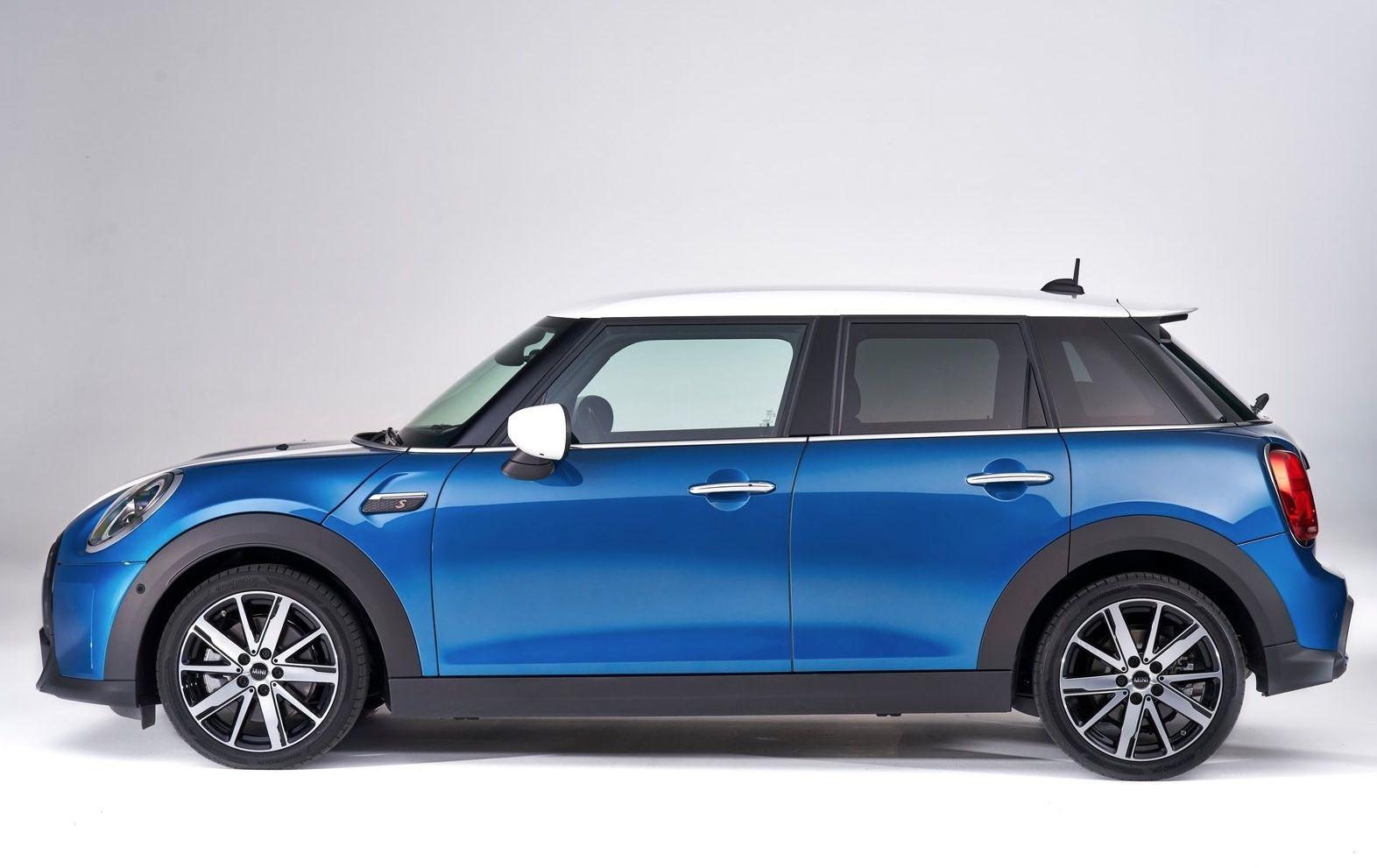 Mini Cooper S 5 Door 2022 In 2021 Mini Cooper S New Mini Cooper Blue Mini Cooper
