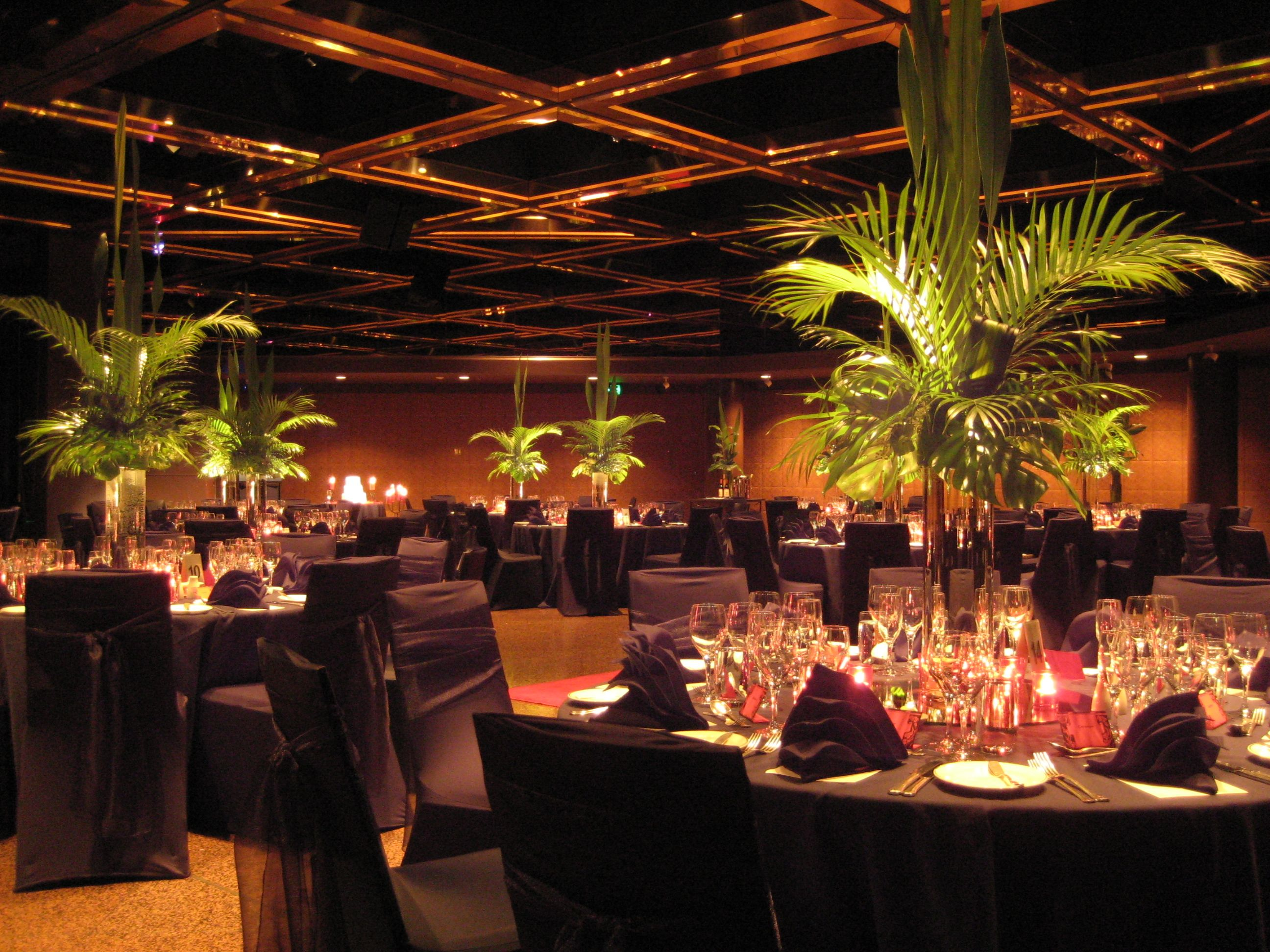 Intercontinental adelaide ballroom black linen greenery intercontinental adelaide ballroom black linen greenery centrepiece junglespirit Gallery