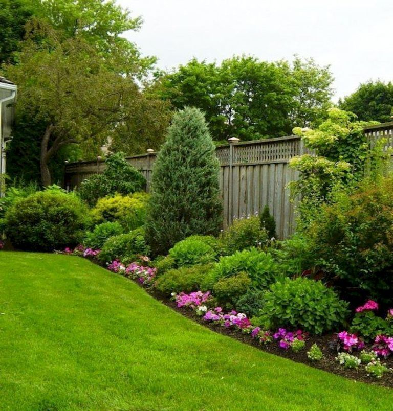17 Small Front Yard Landscaping Ideas To Define Your Curb: Yard Photos Landscaping #frontyardlandscaping