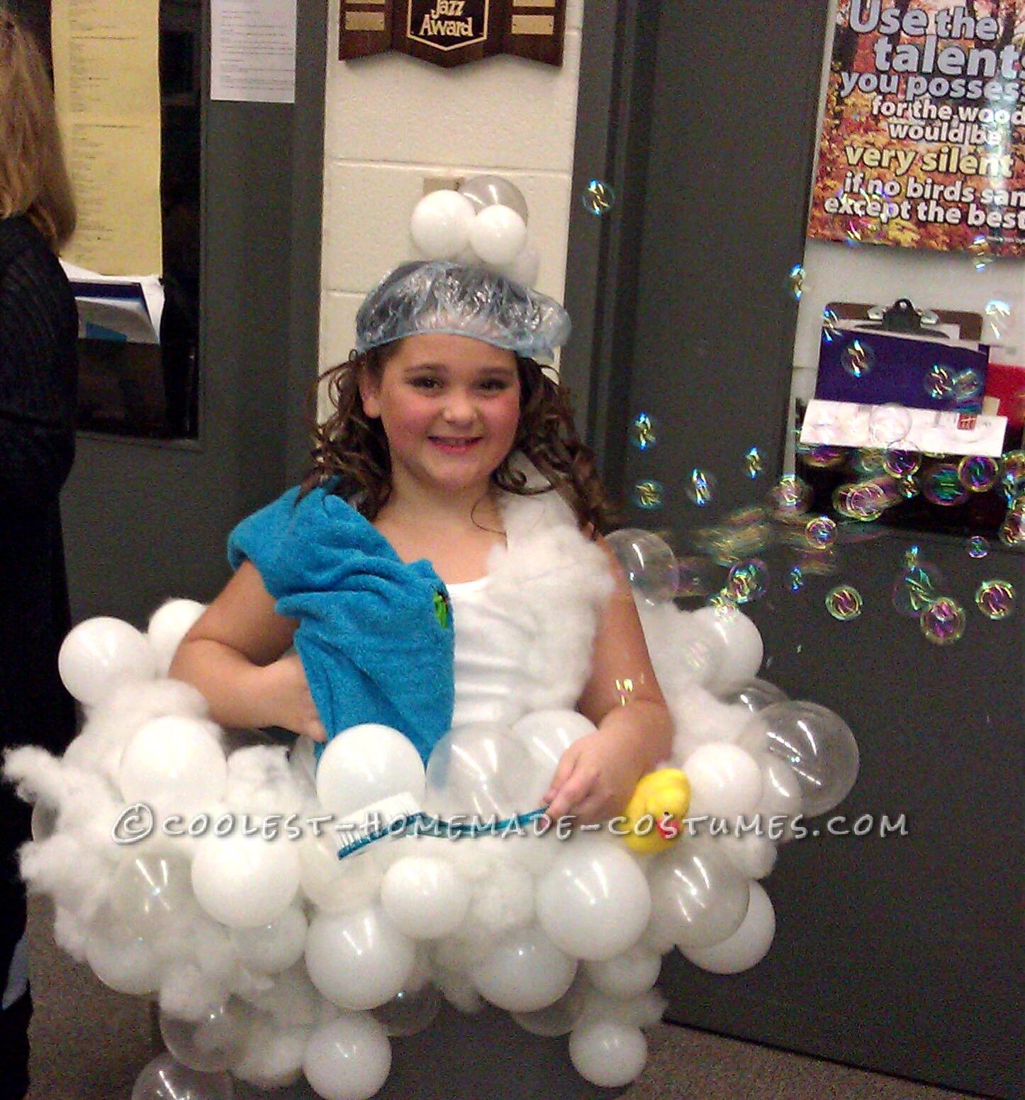 Coolest homemade realistic bubble bath costume idea for Unique childrens halloween costume ideas