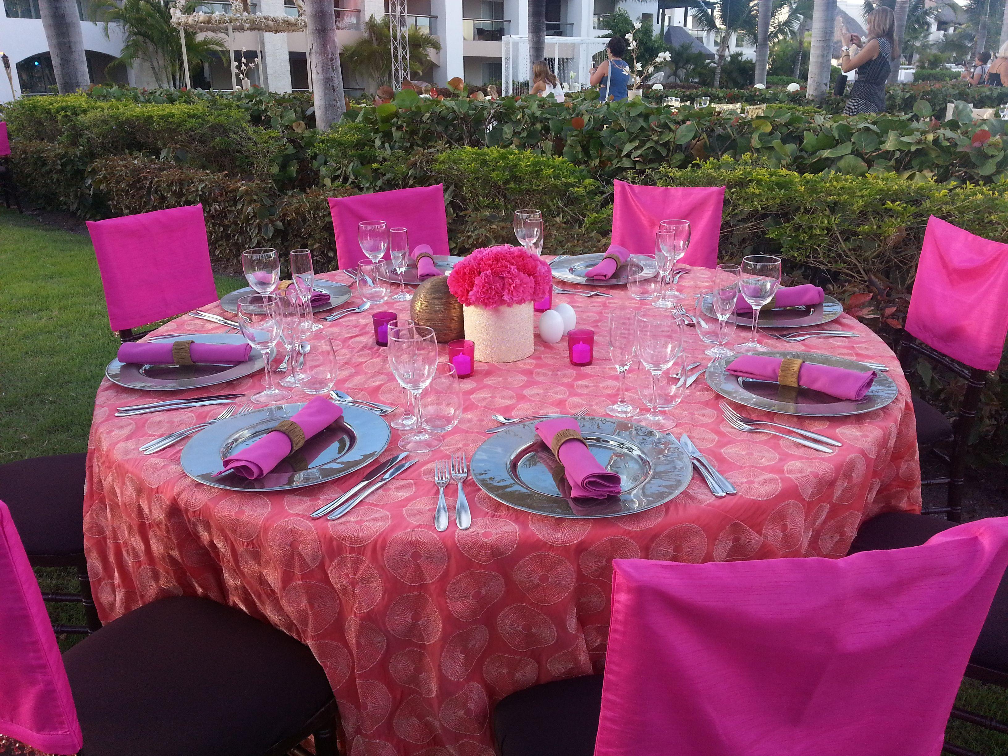 El Sol reception table. Colin Cowie weddings at Hard Rock Resorts ...