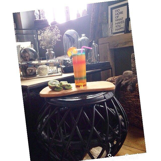 Le plein de vitamine pour commencer le week end ❤️ bon week end a tous #love #deco #decoration #interior #interieur #salon #saloon #pouf #osier #design #vitamine #soleil #sun #weekend #loft #lille #france #scandinave #scandinavian #ootd #picsoftheday #Ladecodecharline #instagood