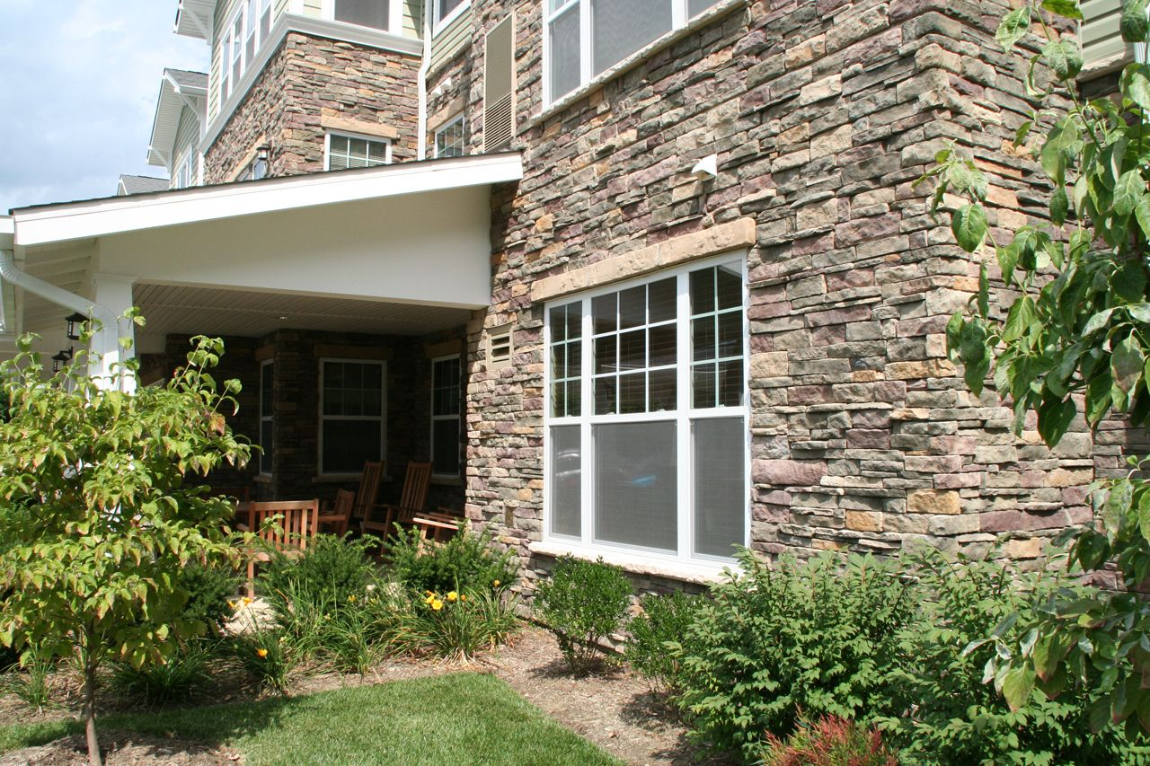 Provia dry stack manufactured stone is available in a wide for Exterior natural stone for houses