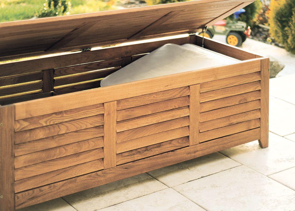 Robinienholz Terrasse mit der praktischen gartentruhe beveno wird die aufräumarbeit zum
