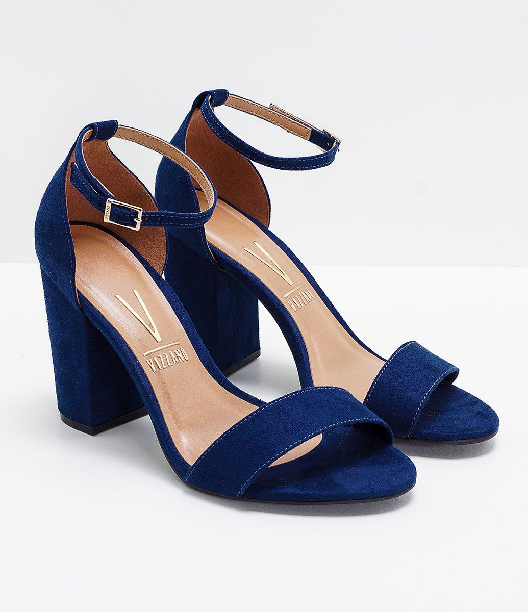 a9cc7fc743 Sandália feminina Com calcanhar fechado Com tornozeleira Salto alto  Material  sintético Marca  Vizzano Veja