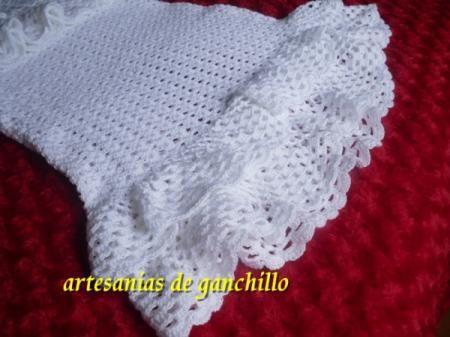 conjunto de falda y chaqueta hecha a mano a ganchillo