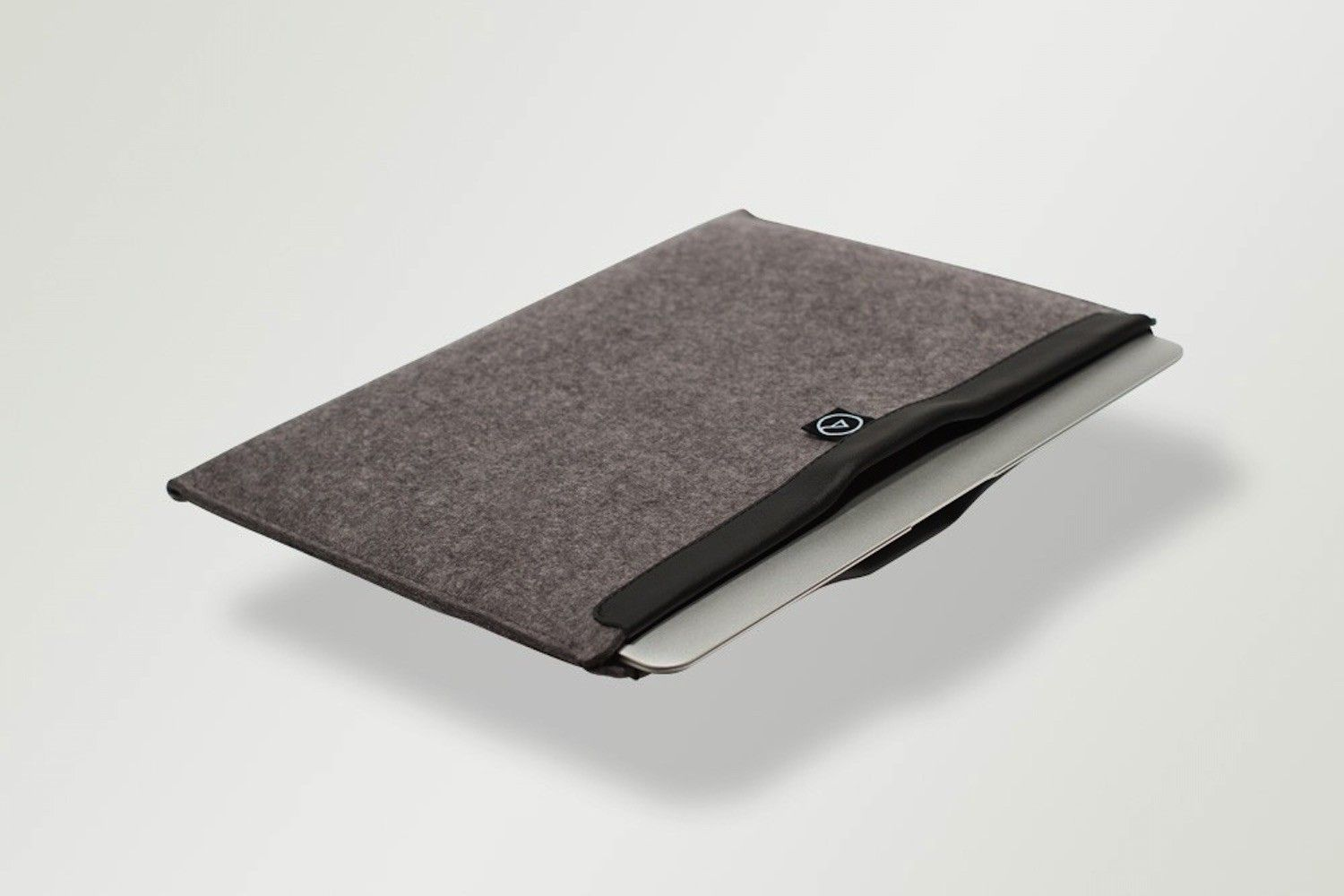 Keep your computer from getting scratched and get this cozy wool