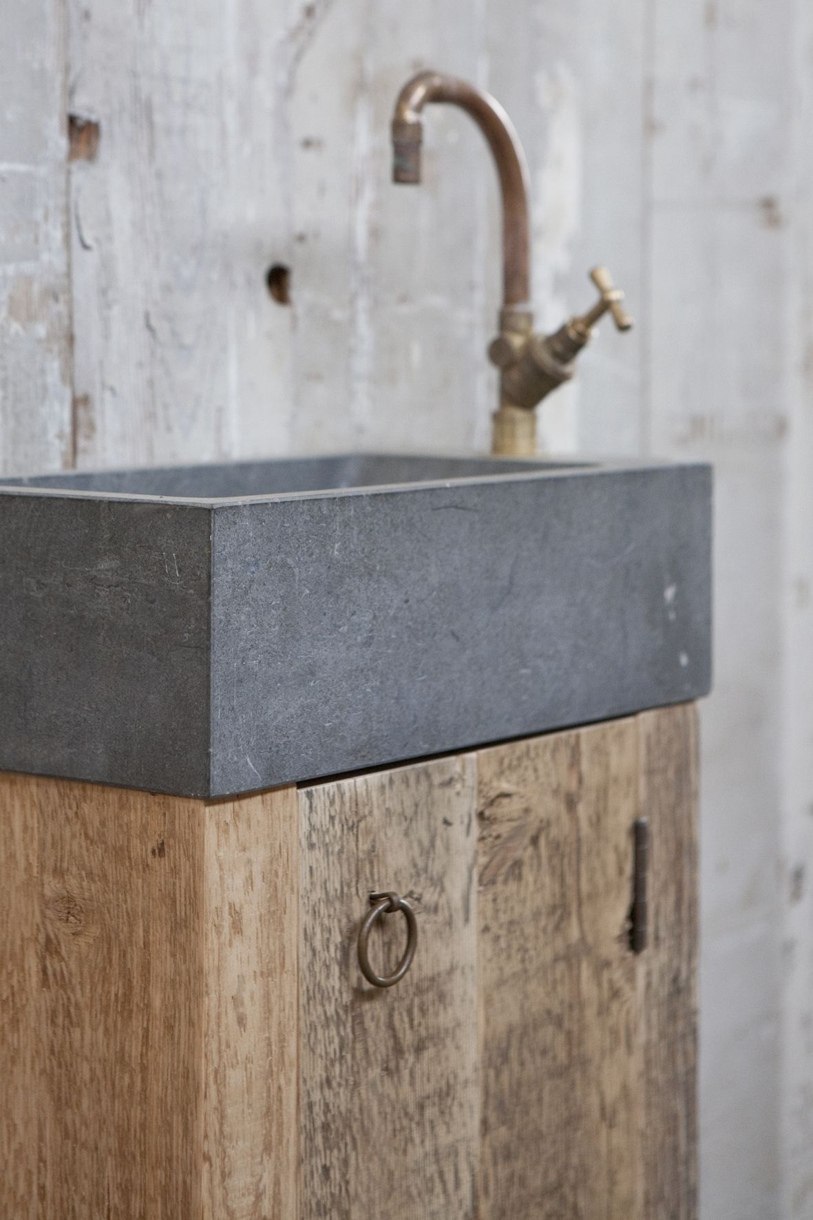 wastafel badkamer pinterest bathroom ideas room and home