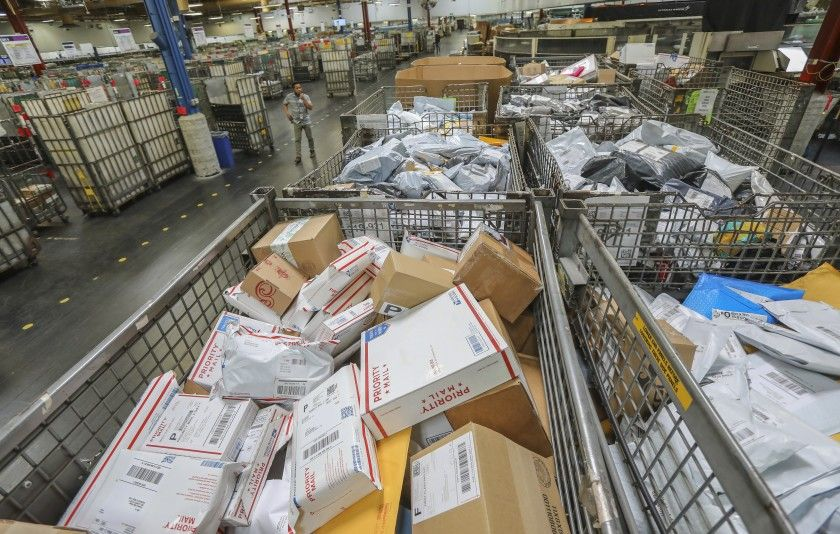 Usps Dead Animals Rotting Food And Chaos Amid Cutbacks Los Angeles Times
