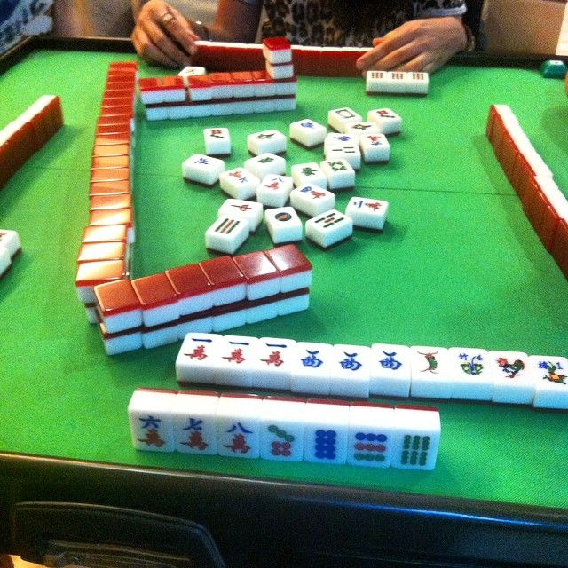 「keeping up with Chinese New Year traditions! #chinesenewyear #singapore #mahjong」