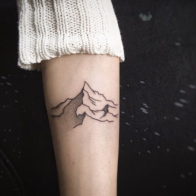 Sashakiseleva On Instagram One More Minimalistic Mountain Tat As I Promised Good Night Dreamers Tat Minimalist Tattoo Trendy Tattoos Geometric Tattoo