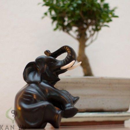 """Elefant """"Glück"""", Kunstharz, sitzend"""