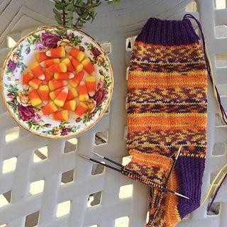 Ravelry: knitterRaine's October Socks