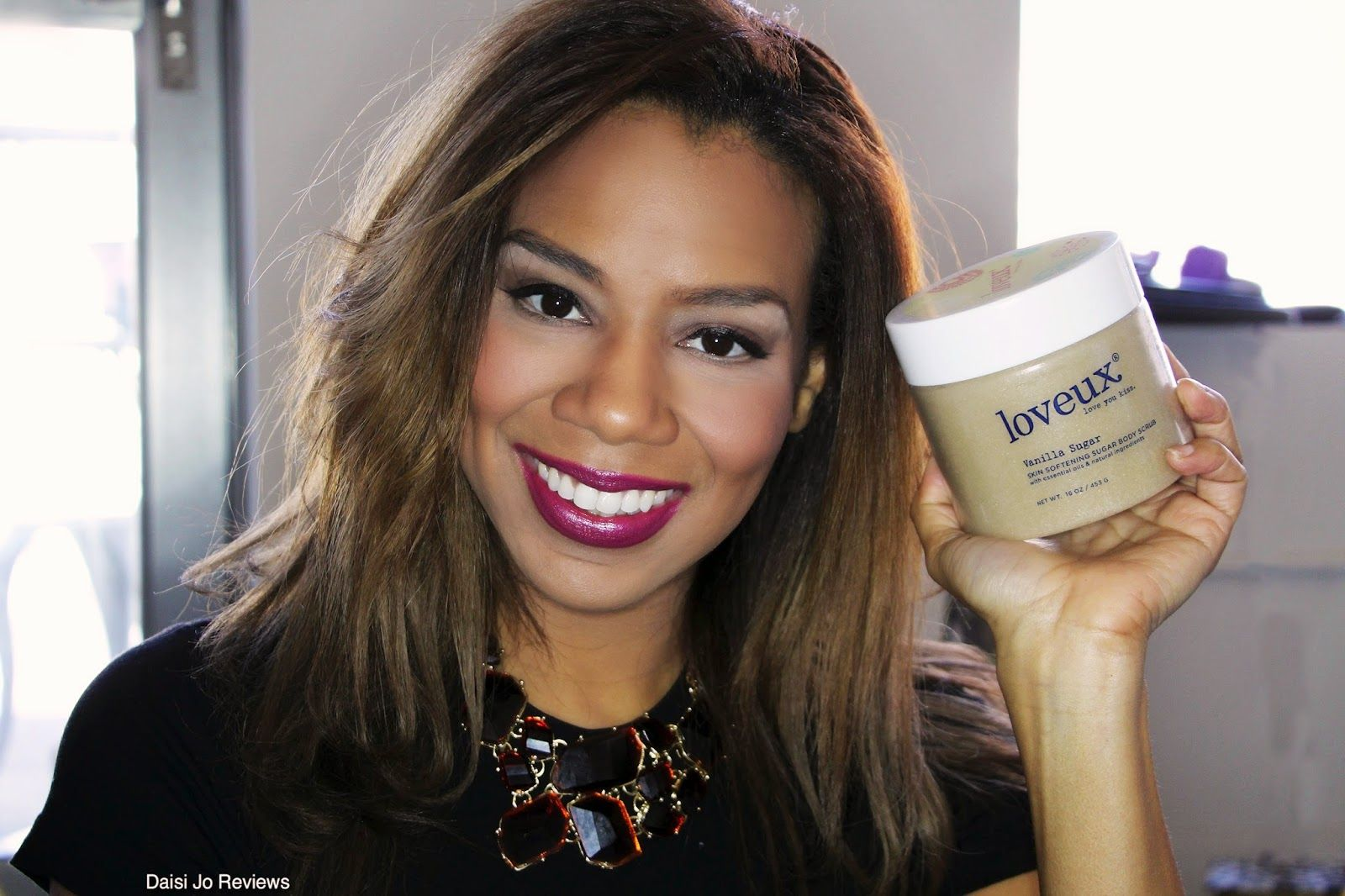 Featured review of Loveux Vanilla Sugar Body Scrub