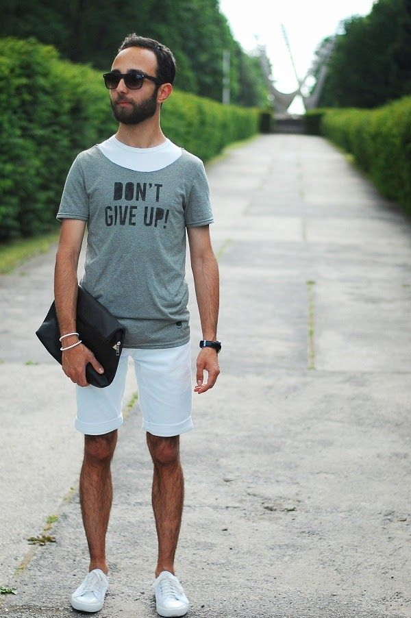 Men's Grey Print Crew-neck T-shirt, White Shorts, White Low Top ...