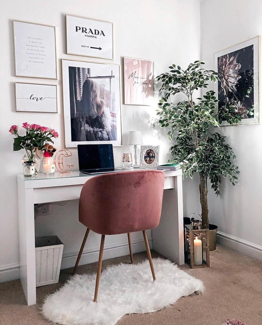 Cozy Homeoffice Decor: Desk Goals . . . #desklifebliss # Homeoffice #workspace
