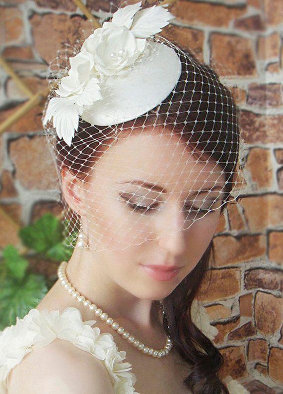 ba1240e9d9ca2 Fascinator - Bridal fascinator - Wedding hat - Wedding birdcage veil - Vintage  birdcage veil - Fascinator ivory