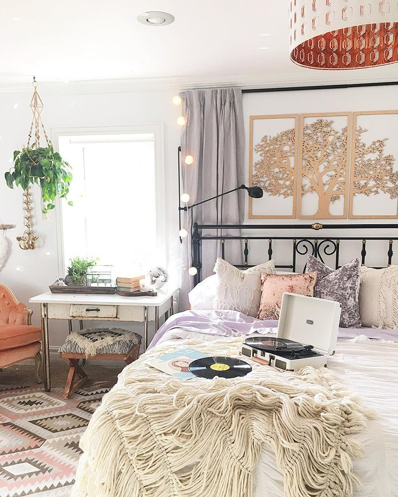 8 Dreamy Bedrooms With Bohemian Style To Gain Spirit Every Morning Bedroom Bohemian Boho Color Whimsical Bedroom Bohemian Bedroom Design Bohemian Bedroom Boho glam bedroom ideas