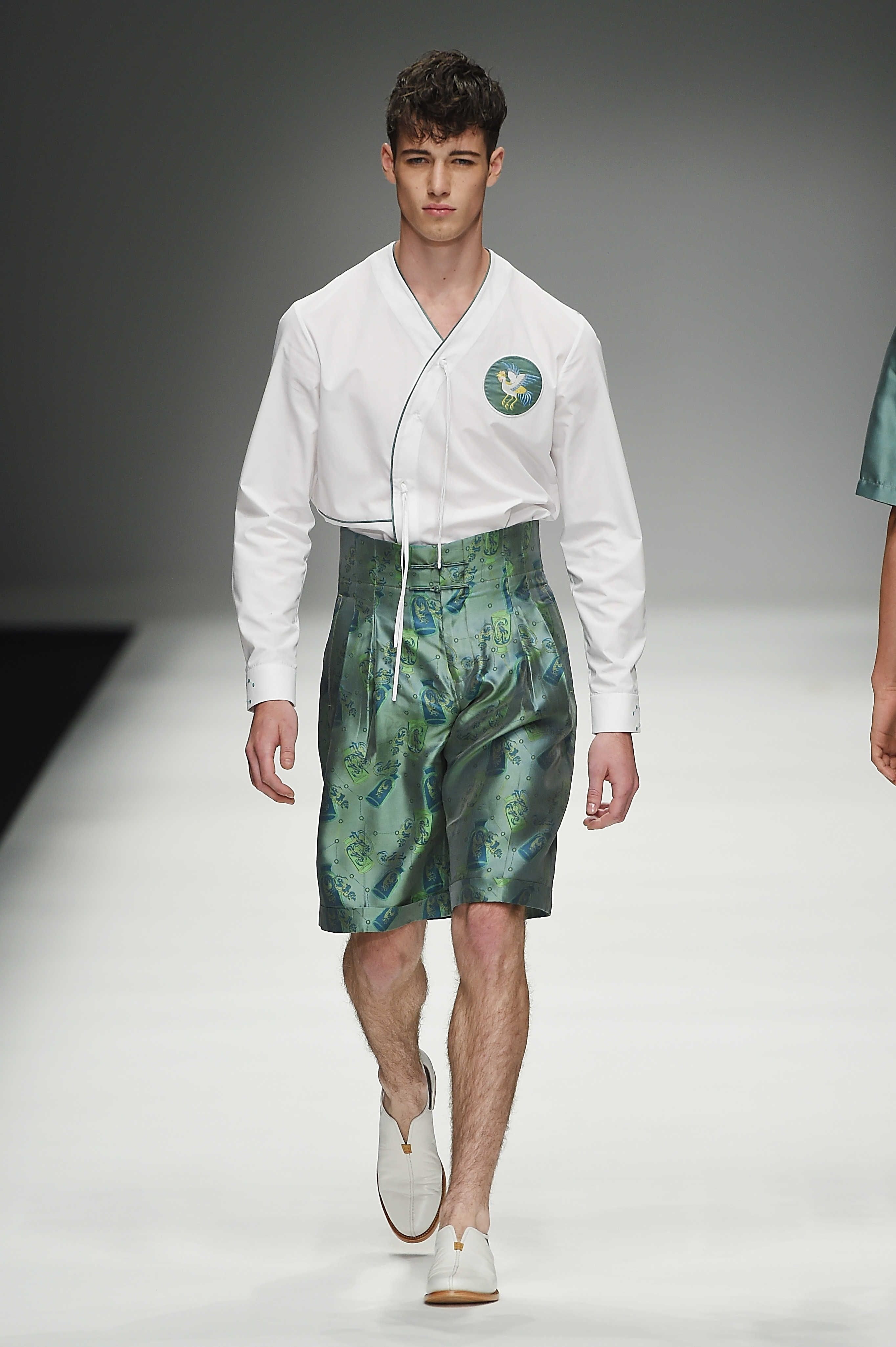 Zeng Fengfei SpringSummer 2016 Collection - Milan Fashion Week - DerriusPierreCom (10)