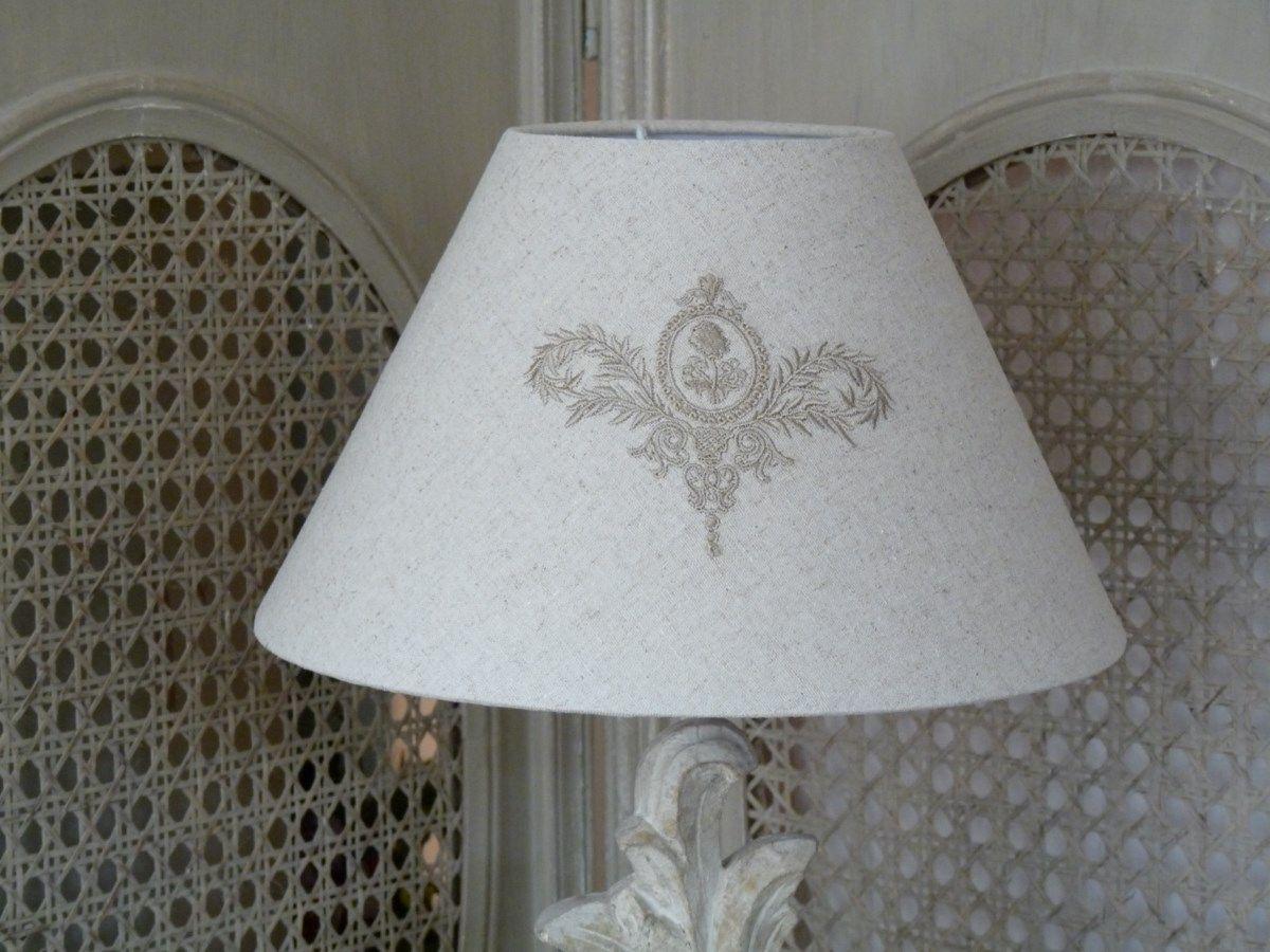 abat jour volutes beige abat jours lampes et appliques abat jour brod s abat jour sur mesure. Black Bedroom Furniture Sets. Home Design Ideas