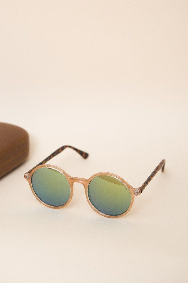 9fb8848844fa The Madison Sunglasses from Komono is a round frame that is far from  square. Small enough to sit subtly on the face