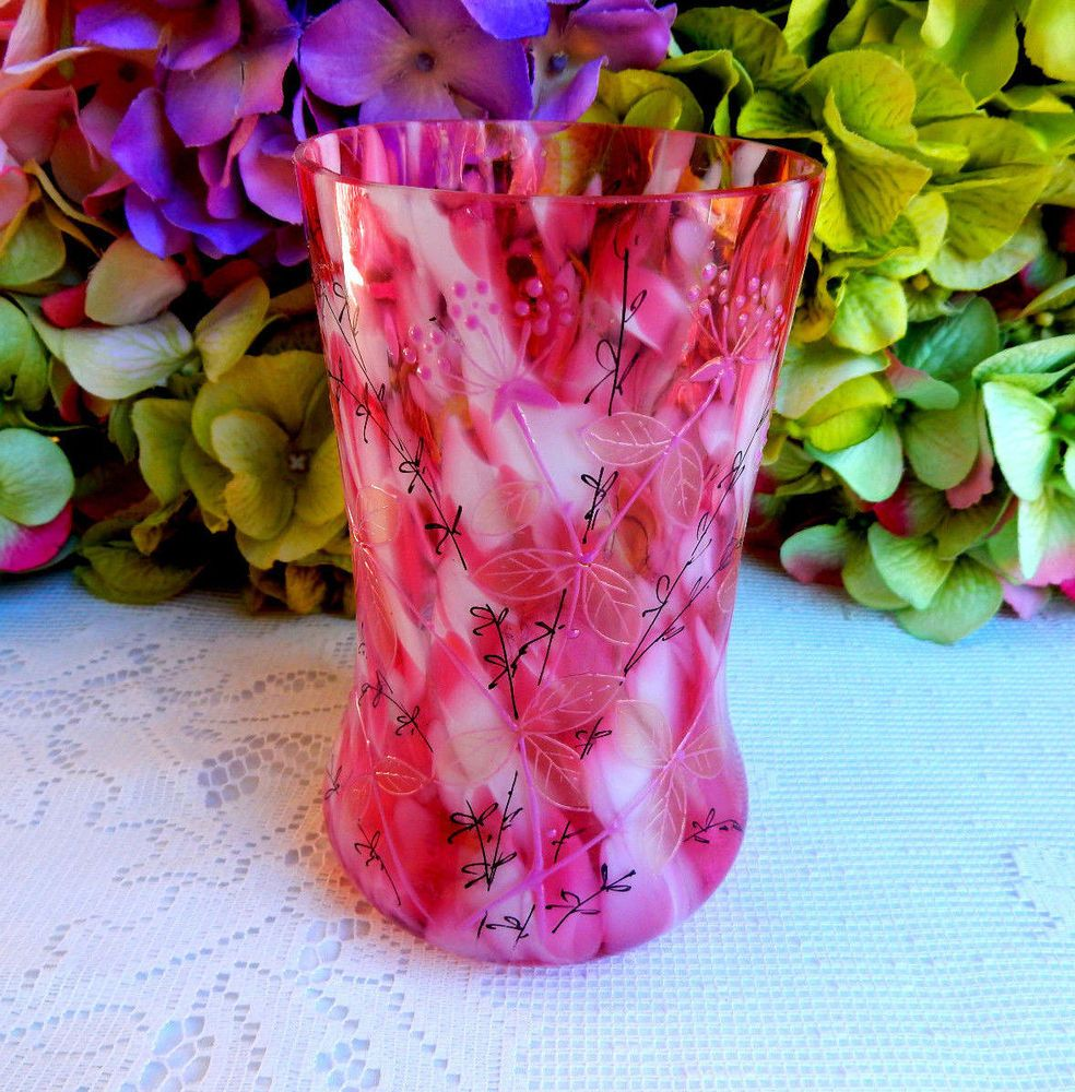 Beautiful vintage pink white spatter glass vase enamel flowers beautiful vintage pink white spatter glass vase enamel flowers reviewsmspy