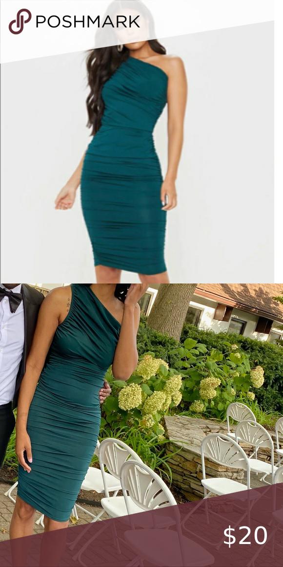 One shoulder runched Midi dress