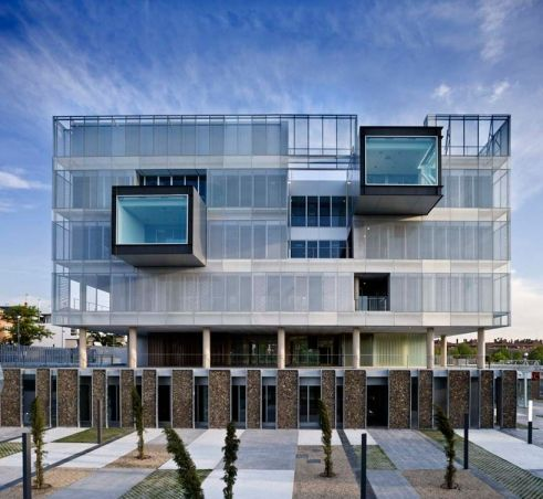 Architecture comisaria fuencarral by voluar for Local arquitectura