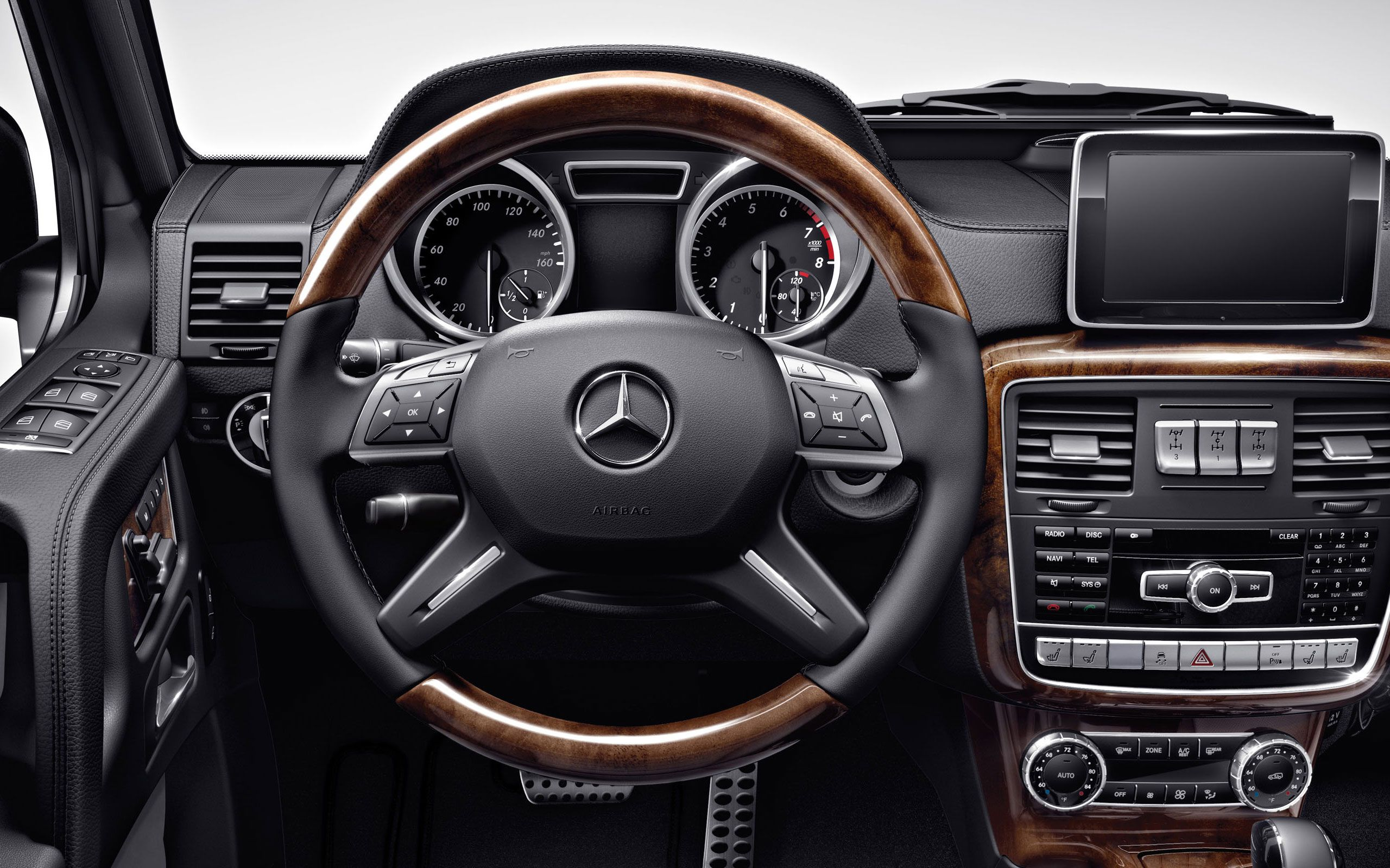 2014 mercedes benz g550 g class suv car steering wheel for Mercedes benz dashboard