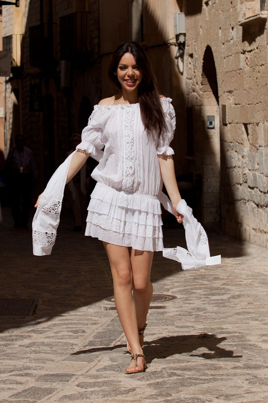 Vestido corto y foulard algodón 100%.