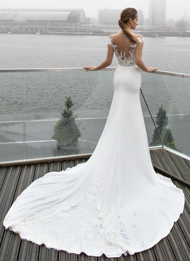 Svatebni Saty Beth Svatebni Saty Wedding Gowns Pinterest