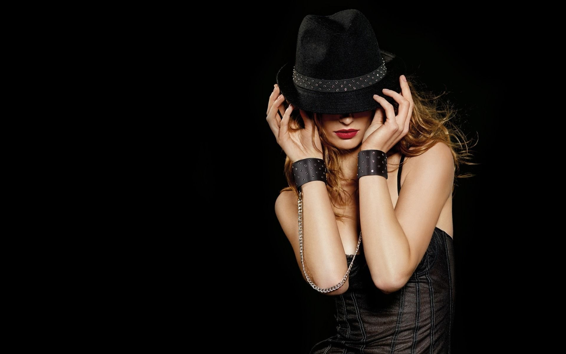 Girl In Hat Fashion Wallpaper Fashion Wallpaper Girl