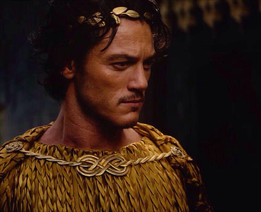 Luke Evans:immortals | Zeus | Pinterest