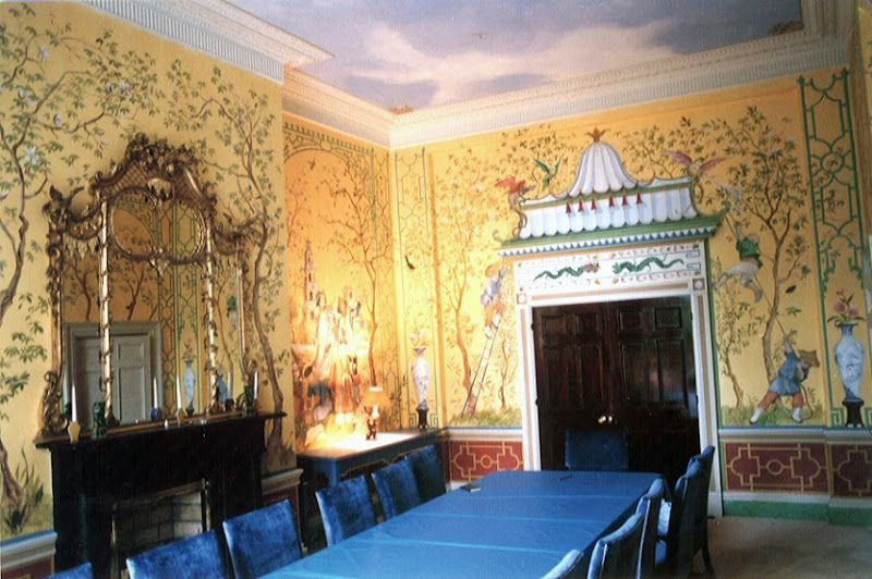 Yellow Chinoiserie dining room; private house; Dublin, 1996 work by Michael Dillon